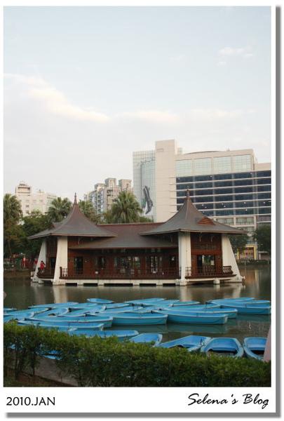 P990129台中中山公園 (8).JPG