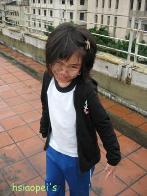 090511在台北國際藝術村5--掉牙前的meigo.jpg