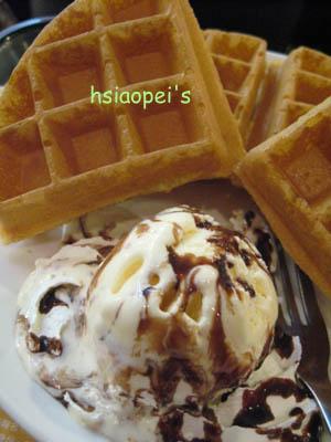 090916冰淇淋鬆餅.jpg
