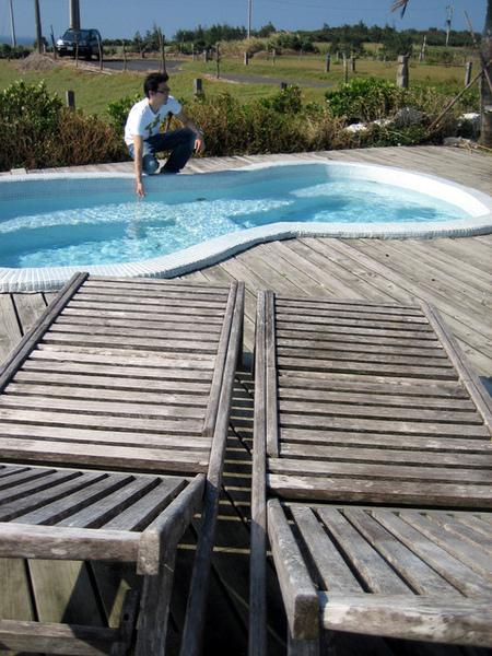 夏天就真的可以在這裡游泳泡水