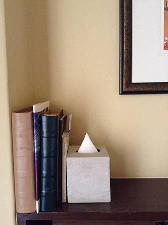 Casa del Rio Hotel房間裡的書本暗藏玄機
