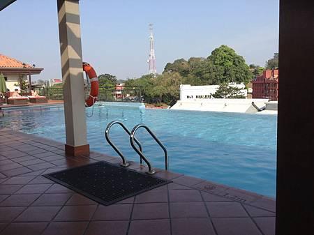 Casa del Rio Hotel的游泳池