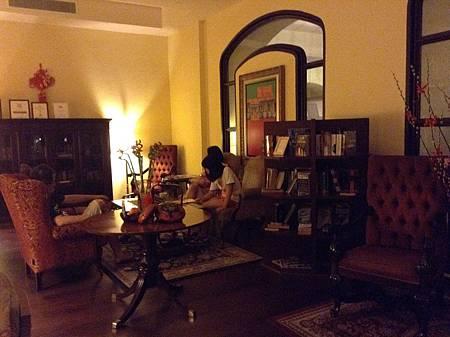 Casa del Rio Hotel的圖書館