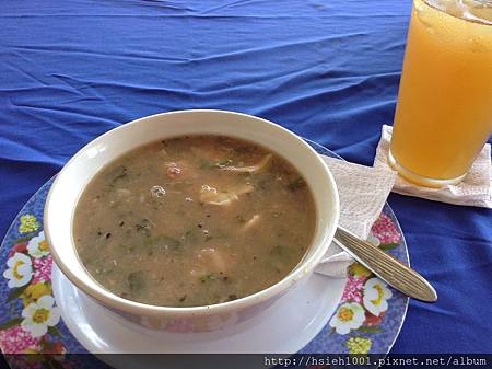 海鮮湯及檸檬茶