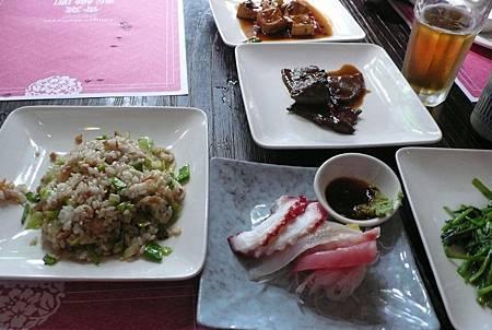 青葉新樂園裡各式台菜