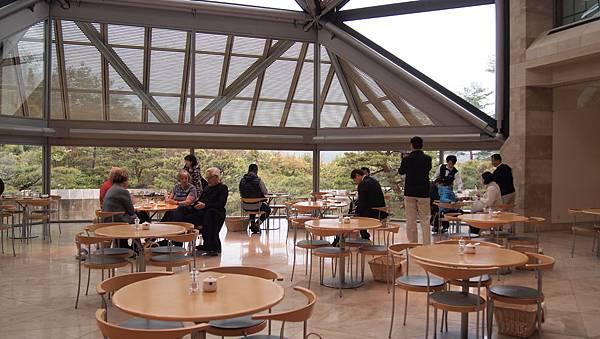 Miho美術館內的喫茶店.JPG