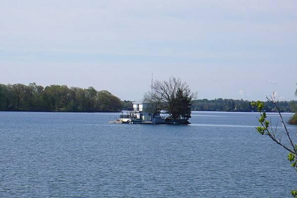 千島湖上小的島