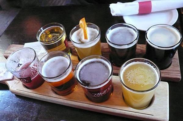 八款鮮釀啤酒.JPG