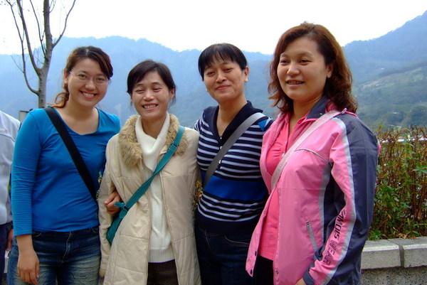 四姐妹團聚:p