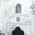 聖嬰大教堂入口~那天人潮很多!