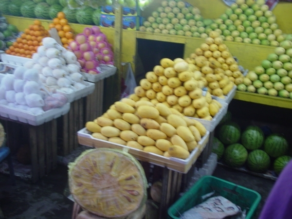 菲律賓有名的芒果~(偏酸)