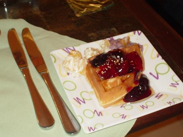 好吃的鬆餅!!果醬口味選擇多~香甜而不膩!!推!!