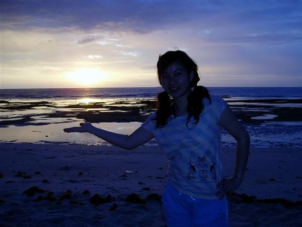 這就是日出!不過背光拍有點暗~