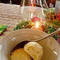 餐後每人還有木瓜冰淇淋和鳳梨冰淇淋各一球~(木瓜口味較好吃)