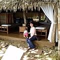 農場裡也設了很多「聽海軒」供遊客休憩~我看到一個美國baby在木製地板上爬來爬去~好可愛~