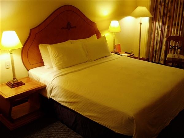 又回到水藍城堡飯店~這天換了另一房間~