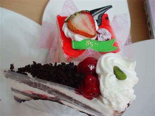 還有最愛的黑森林蛋糕