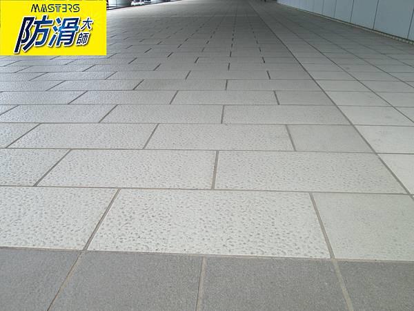 8石英磚地面專用防滑劑 (4).JPG
