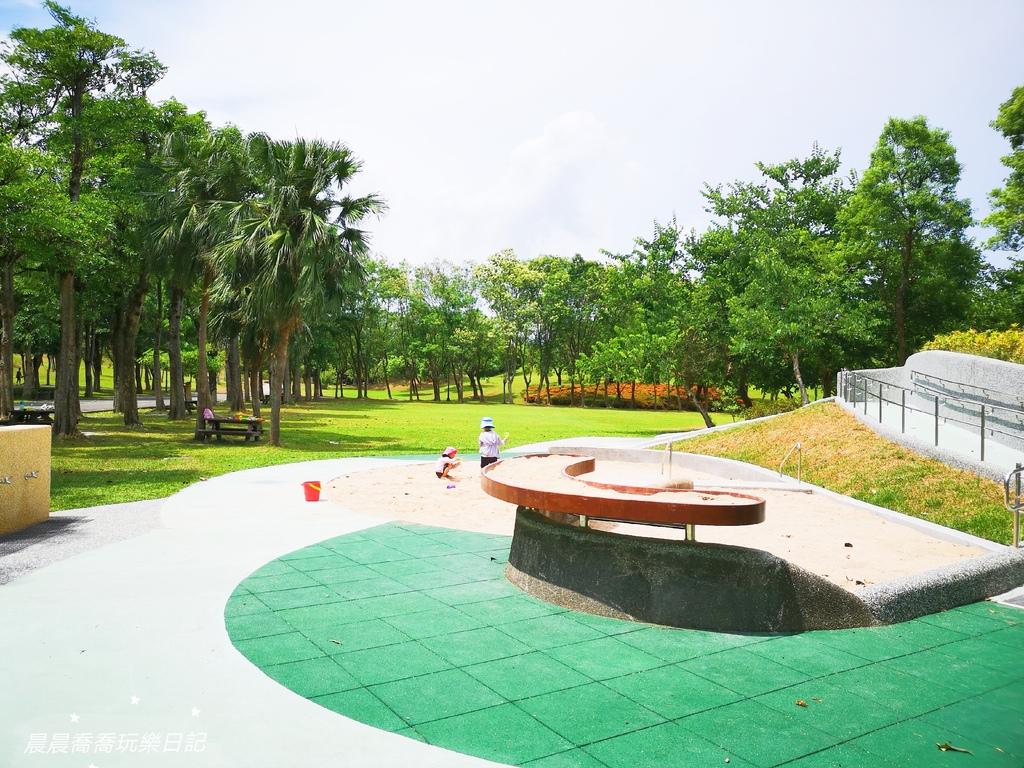 宜蘭景點羅東運動公園兒童遊戲場