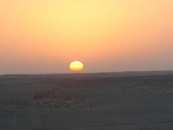 撒哈拉沙漠的日出