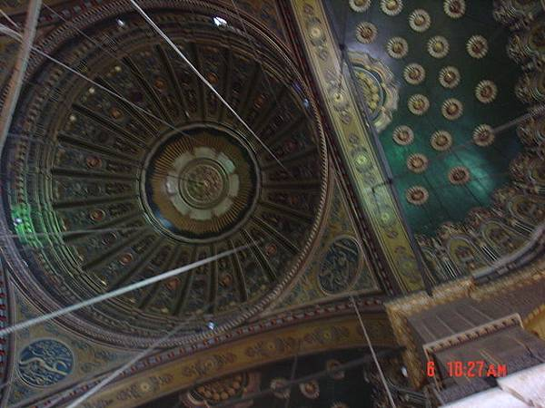 清真寺的天花板(真的很別緻)