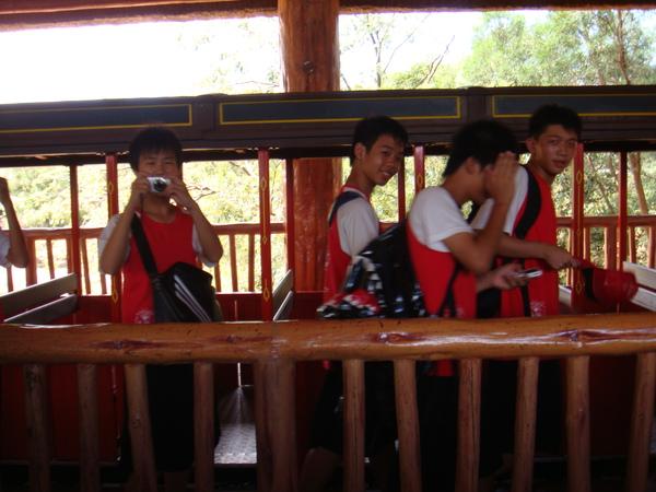 遊動物園的蒸氣火車
