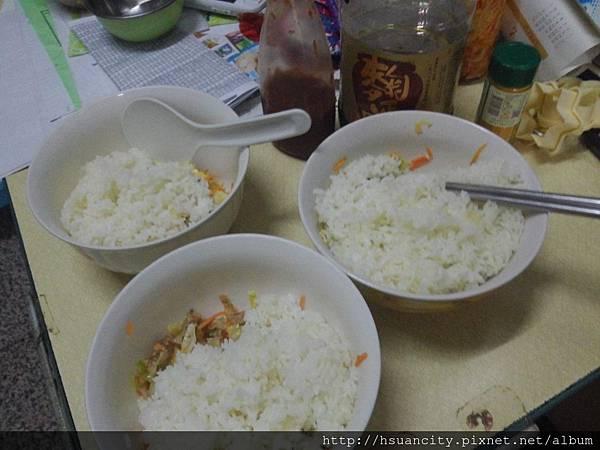 三色炒飯8