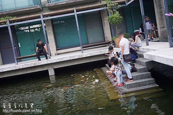 二泉湖畔 (36).JPG