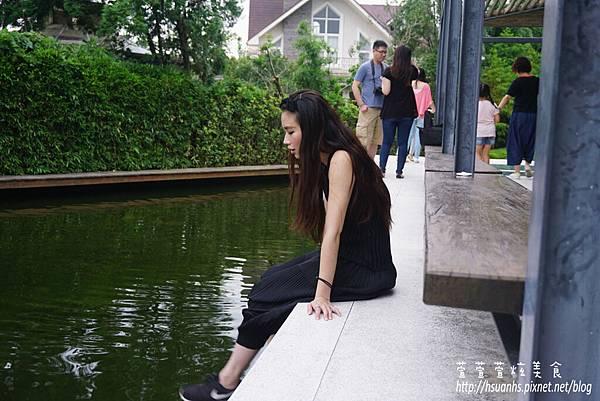 二泉湖畔 (39).JPG
