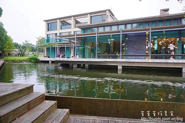 二泉湖畔 (42).JPG