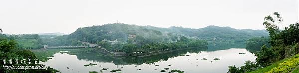 二泉湖畔 (44).JPG