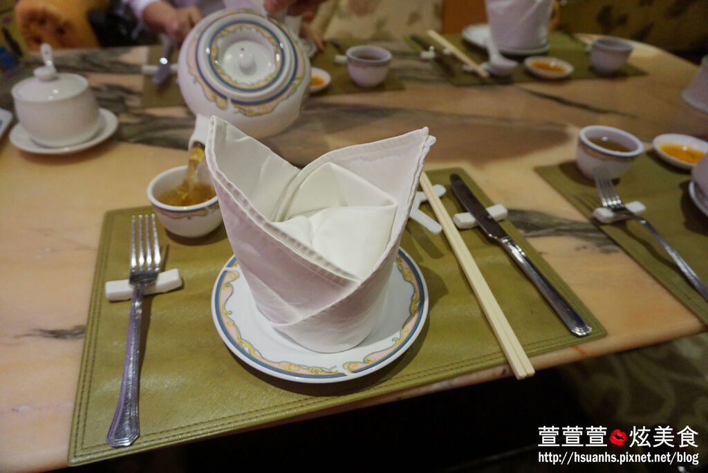 高雄-興魚翅餐廳 (7).JPG
