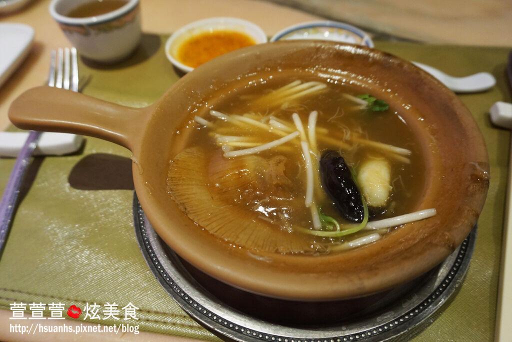 高雄-興魚翅餐廳 (10).JPG