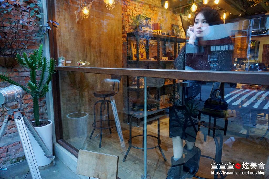 Remember Me CAFE (11).JPG