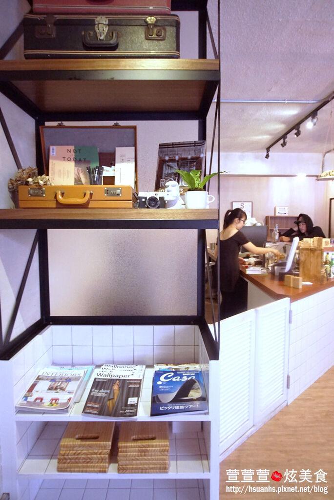 高雄- 44 bit cafe (11).JPG