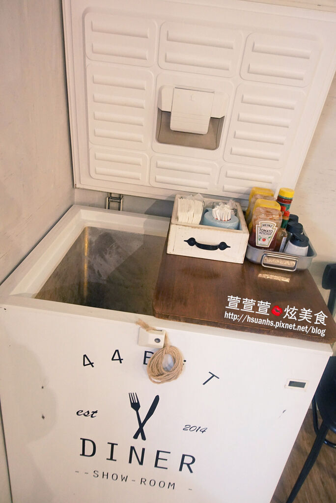 高雄- 44 bit cafe (16).JPG