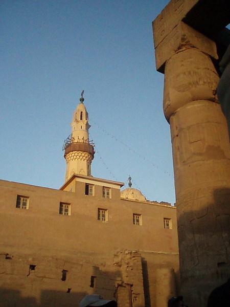 路克所神殿裡的清真寺