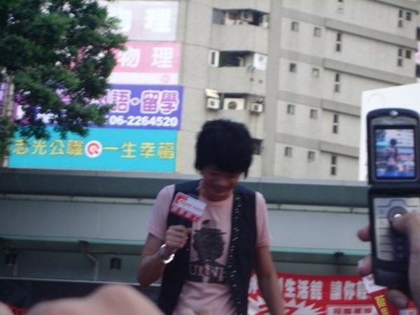 20081108信台南簽唱會9.jpg