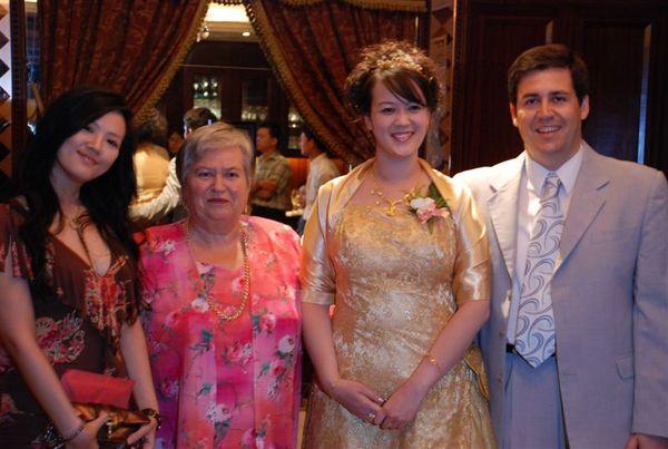 Lucia,婆婆,我和老公
