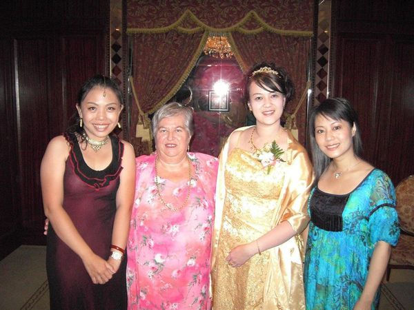 Branda,婆婆,我和Vrota