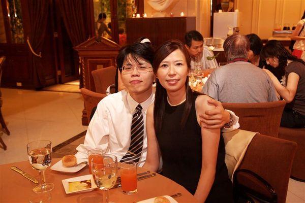 Annie和老公