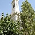 捷運站附件的教堂