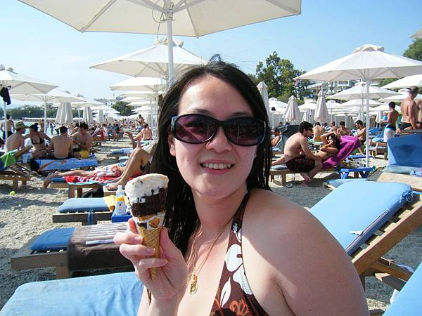吃冰淇淋解熱