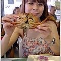 每人一隻螃蟹