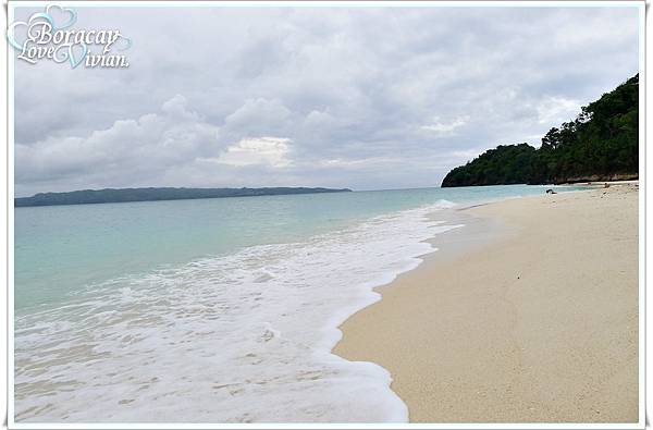 放眼望去乾淨又白的沙灘