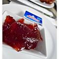 沾醬 有草莓醬  奶油醬