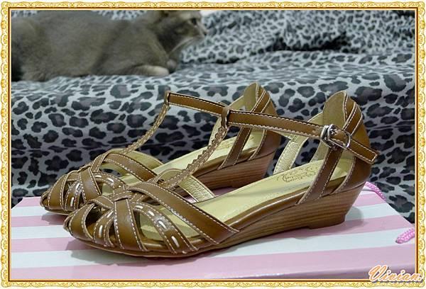 人氣首選T字繫帶圓弧交錯楔型編織涼鞋*棕