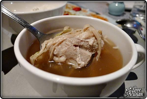湯(任選二)牛蒡牛肉湯