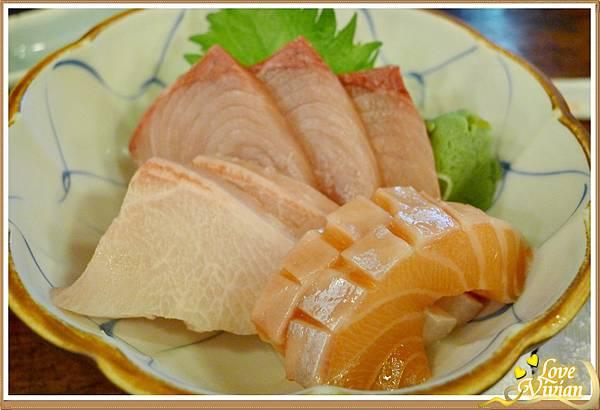 生魚片(綜合三種) 200元