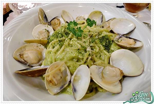 青醬蛤蠣義大利麵
